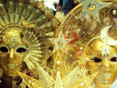 10. Celebrate a uniquely Venetian festival.