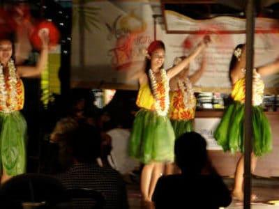 4. Maui Has Great Entertainment.