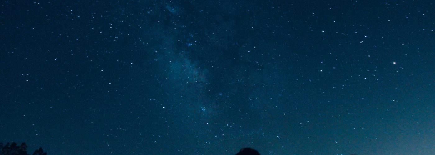Best Spots for Stunning Stargazing Honeymoons in the USA