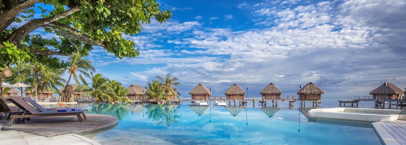 Hotel Manava Beach Resort & Spa